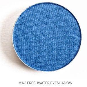 NEW MAC Cosmetics Freshwater Veluxe Pearl Eye Shad